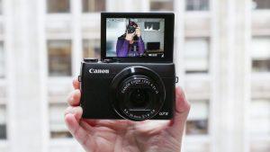 10 Kamera Terbaik yang Digunakan oleh YouTuber 11