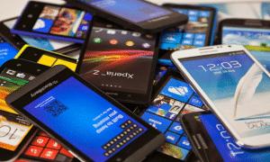 10 Smartphone yang Bisa Dibeli Dengan Uang Lebaran 10