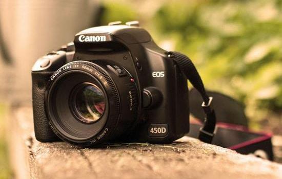 10 Kamera Canon DSLR Dibawah Harga 5 Juta 12