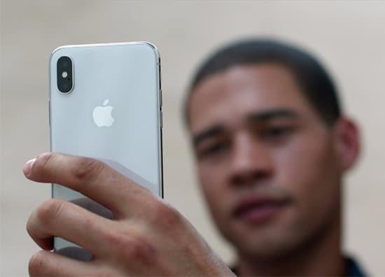 Kamera Depan iPhone X
