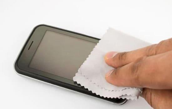 Bersihkan Smartphone