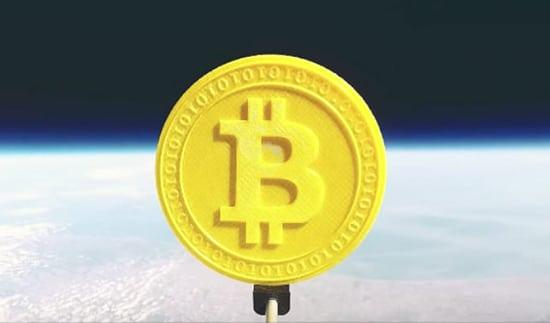 Model 3D Bitcoin di Luar Angkasa
