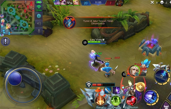 Serang Hero Carry Musuh