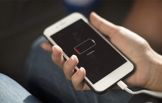 Charger Smartphone dalam Keadaan Mati
