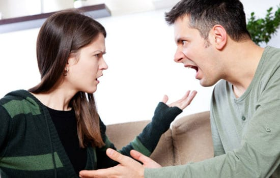 bertengkar dengan Pasangan