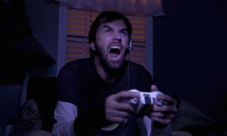 10 Hal yang Sangat Dibenci Gamers di Dunia Nyata 11