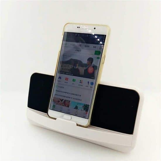 handphone stand speaker