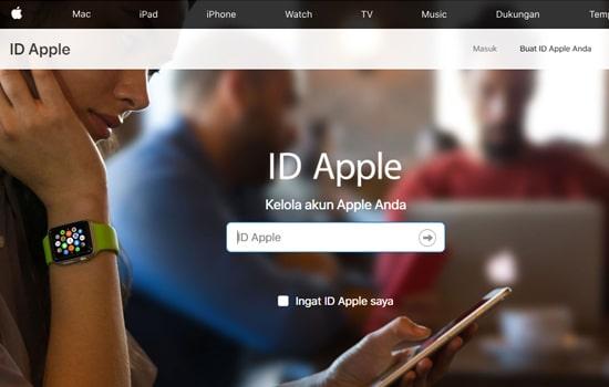 Melalui Situs Apple