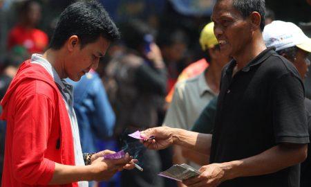 Alasan Dilarang Membeli Tiket Pada Calo