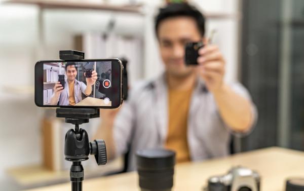 Cara Menghasilkan Uang dari YouTube Secara Cepat