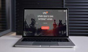 Menggunakan Aplikasi VPN