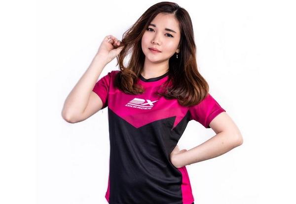 Gamers Wanita Cantik Asal Indonesia