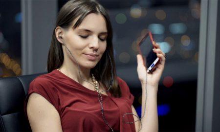 Cara Menjaga Kesehatan Telinga Jika Sering Memakai Headset