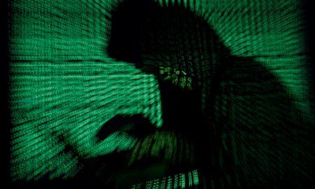 Cara Hacker Mencuri Identitas di Media Sosial