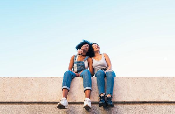 Manfaat Memiliki Teman Baru di Media Sosial