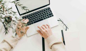 Cara Mudah Bisnis Online hanya Menggunakan Laptop